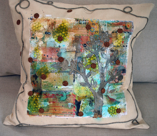 Pillow -Nathalie Kalbach